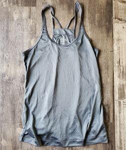 Mountain hardwear top
